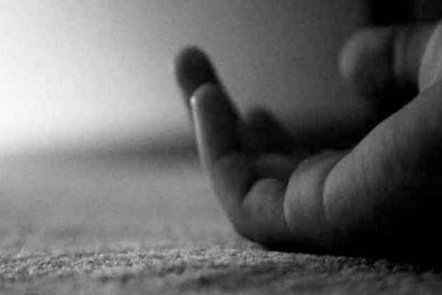 Delhi: Woman Preparing For Civil Service Exams Kills Herself In PG Room For Being 'Unhappy' With Her Looks