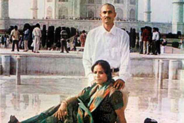 PM pressurising CBI to not probe Sohrabuddin case: Congress