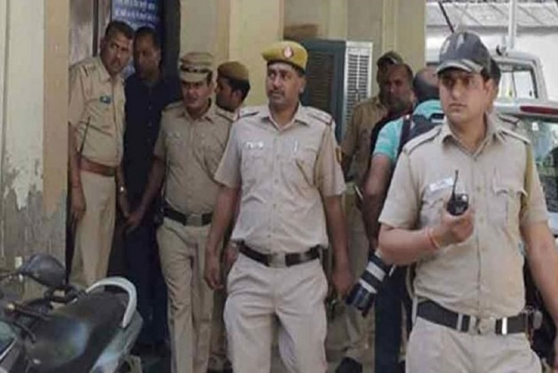 Delhi: Armed men shoot at school van driver, kidnap Class 1 student
