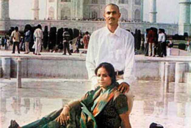 Can't stop media reporting on Sohrabuddin fake encounter case trial: Bombay HC