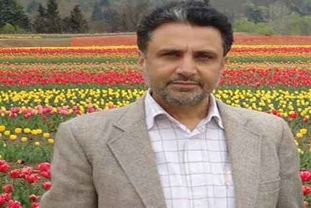 There's Nothing Wrong In Offering Condolence To Local Militants: PDP Spokesperson Rafi Ahmad Mir