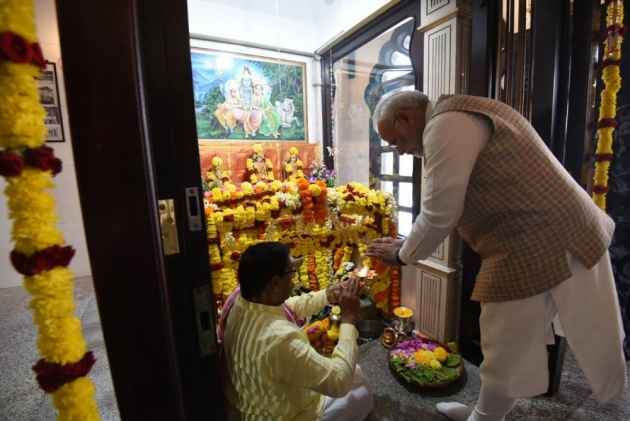 PM Modi Visits Shiva Temple In Muscat, One Of The Oldest In Gulf