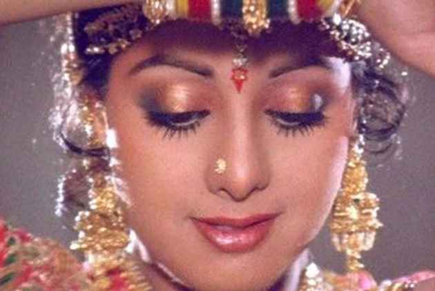 Bollywood's First Female Superstar, This Chandni Left The World Too Soon