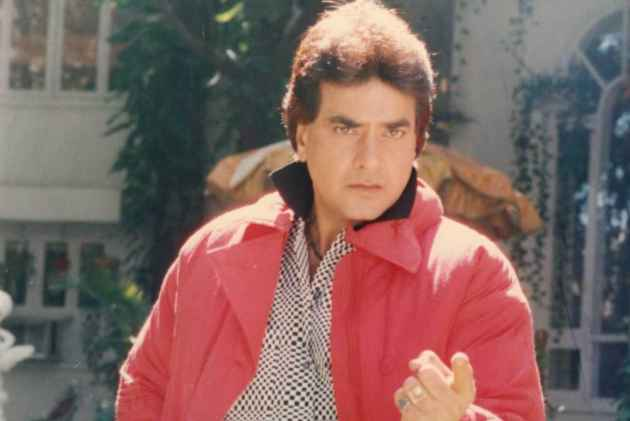 Bollywood actor Jeetendra accused of sexually abusing his cousin!