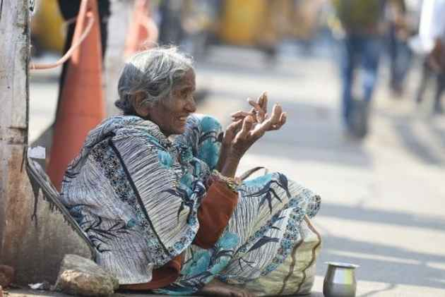 beggars in india essay Essay on life of a beggar in india – essay 3 (400 words) introduction india is  engulfed with many problems and begging is one of them statistics reveal that.