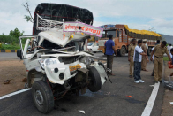 10 killed, 3 injured in tempo-truck collision in Uttar Pradesh