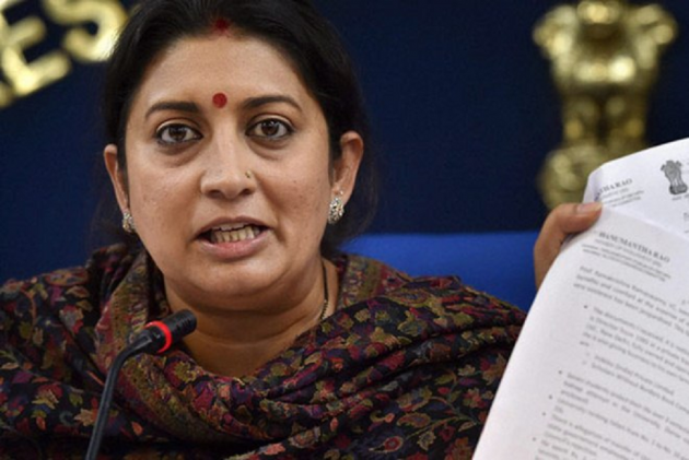 Smriti Irani Says Rahul Gandhi Supported Rape Accused Gayatri Prajapati, Now Trying To Politicise Unnao And Kathua Cases