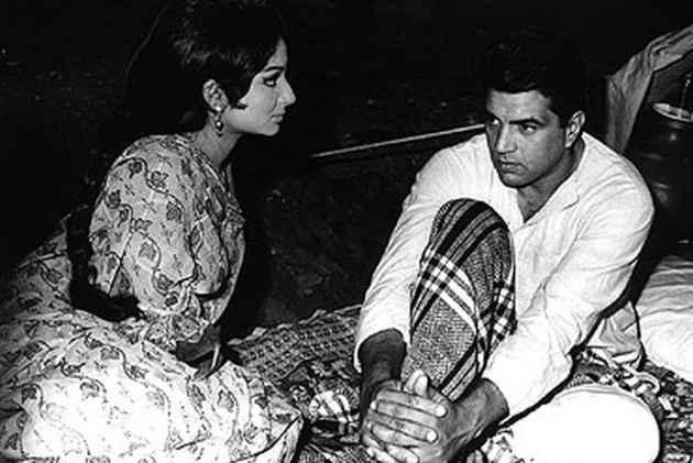 Dharmendra To Receive Raj Kapoor Lifetime Achievement Award