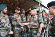 Army Chief Visits Kashmir Valley Amid Ceasefire Violations, Reviews Security Situation
