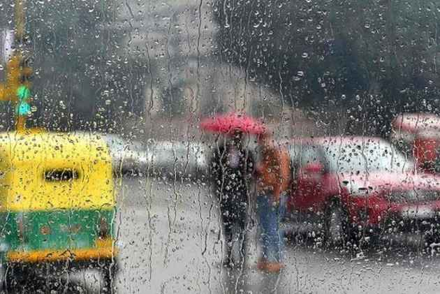 North India on toes to weather the storm