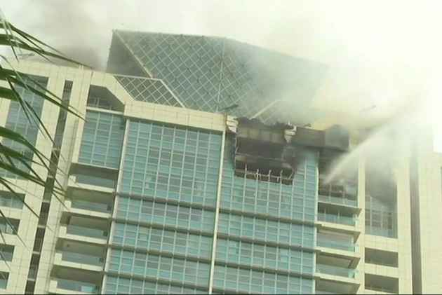 Mumbai: Fire Breaks Out On Top Floor Of Beaumonde Towers, Deepika Padukone Among Residents