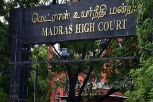 Split Verdict By Madras HC, 18 AIADMK MLAs Remain Disqualified For Now