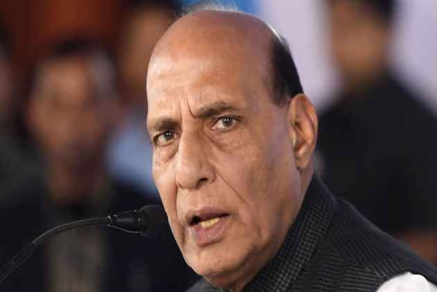 Kejriwal's Strike: Rajnath Singh Asks L-G Baijal To End Delhi Deadlock