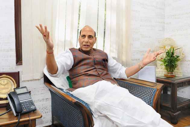 Our Neighbour Does Not Mend Its Ways: Rajnath Singh