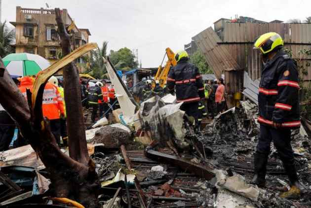 Mumbai Plane Crash Victims Died of 'Shock Due To Burn', Says Post-Mortem Report