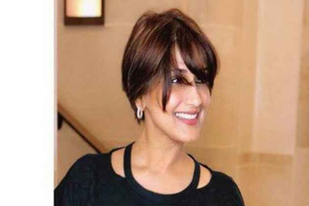 Sonali Bendre, Battling Cancer, Says 'I Am Taking This One Day At A Time'