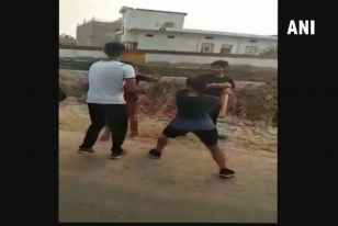 Girl Beats Up Eve Teaser In Rajasthan