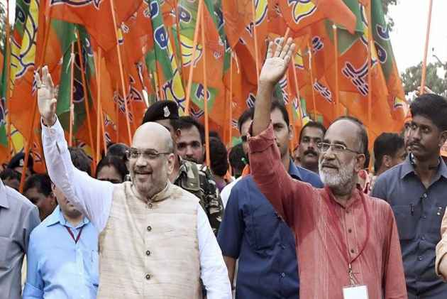 Ahead of Amit Shah Rally In Kolkata, TMC Puts Up 'BJP Leave Bengal' Posters Across State