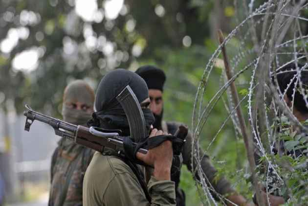 Police Say Militants Tortured A J&K Youth To Death, Thousands Participate In His Funeral