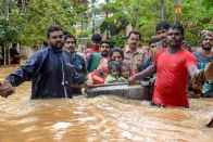 Kerala Floods: CM Pinarayi Vijayan Says 324 Killed, Over 2 Lakh Displaced