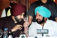 CM Amarinder Sing Not In Favour Of Navjot Singh Sidhu Eembracing Pakistan's Army Chief