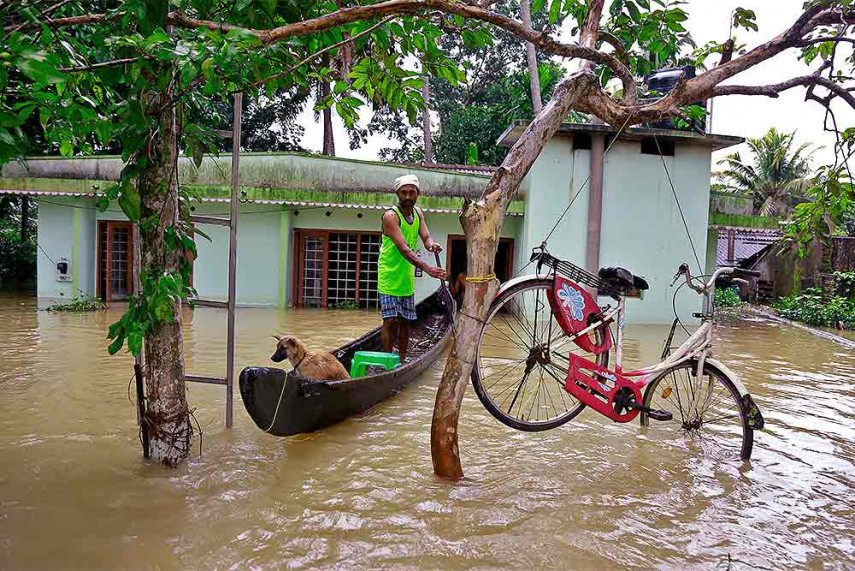 Uae Offers Rs 700 Crore Assistance For Flood Hit Kerala