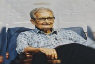 Amartya Sen Joins Growing List Of Supporters Of Incarcerated Bangladeshi Dissenter Shahidul Alam