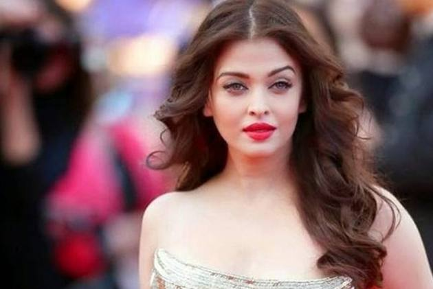Aishwarya Rai Bachchan Honoured With Meryl Streep Award