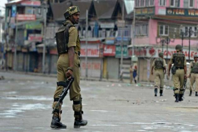 3 Policemen Killed By Militants After Being Kidnapped In Jammu and Kashmir's Shopian
