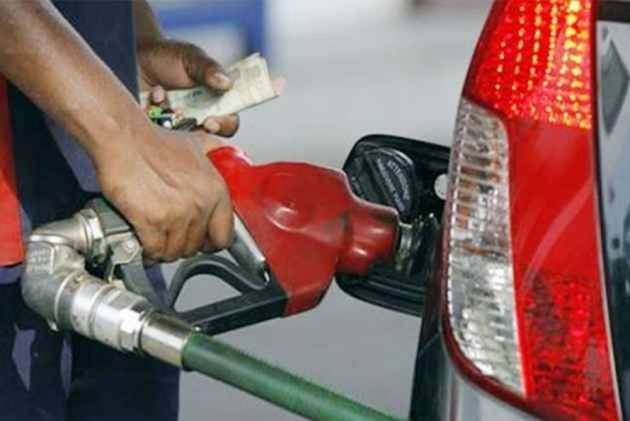 Fuel Price Hike: Petrol Breaches 80-Mark; Diesel At Rs 72.51 Per Litre