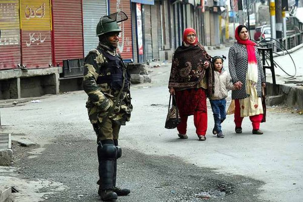 With No Malls, No App-Based Economy, Kashmir Stuck At Where It Was 2 Decades Ago