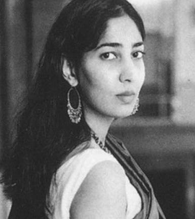 inheritance of a loss by kiran desai essay Essays & papers disopora of inheritance of loss - paper example disopora of inheritance of loss as might be expected from the rich input of her cultural background, kiran desai, daughter of the author anita desai is a born story-teller - disopora of inheritance of loss introduction.