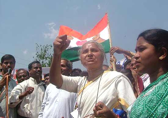 contribution of medha patkar to indian Baba amte (1914-2008) was one of india's most respected social and moral leaders, while medha patkar, a graduate in social work, is one of the initiators of the save the narmada movement (narmada bachao andolan, nba) nba has mobilised itself against the disastrous narmada valley dams project – the epitome of.