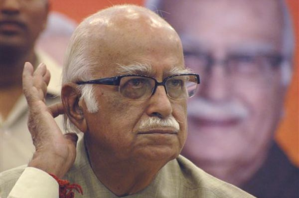 Advani to Sonia: 'Deeply Regret The Distress Caused'
