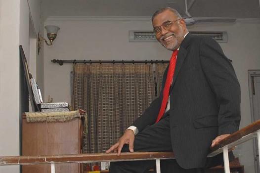 Narendra Jadhav