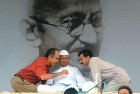 <b>Movers, shakers</b> A fasting Anna (centre) with Prashant Bhushan (left) and Arvind Kejriwal