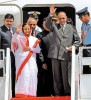 <b>Worldly wise</b> Prez Patil with her husband on a foreign tour