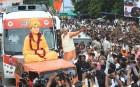 <b>Jarring</b> The swami on Narendra Modi's poll mobile