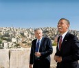 Chuck Hagel with Obama in Jordan, 2008