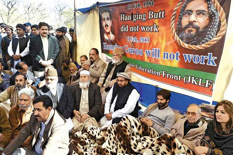 Hafiz Saeed threatening Baloch people under Pak's patronage: Munir Mengal