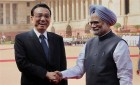 Chinese Premier Li Keqiang shakes hands with Prime Minister Manmohan Singh during his ceremonial welcome at Rashtrapati Bhawan in New Delhi.