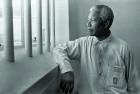 <b>1994</b> Mandela revisits his Robben Island prison cell