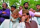 <b>Unimpressed</b> Syed Ali Shah Geelani and Mirwaiz Umer Farooq in Srinagar