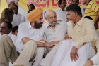 TDP President N Chandrababu Naidu interacts with SAD MP Naresh Gujral(C), and Tirlochan Singh,(L) MP during the 2nd day of his indefinite fast over Telangana issue at Andhra Bhawan in New Delhi