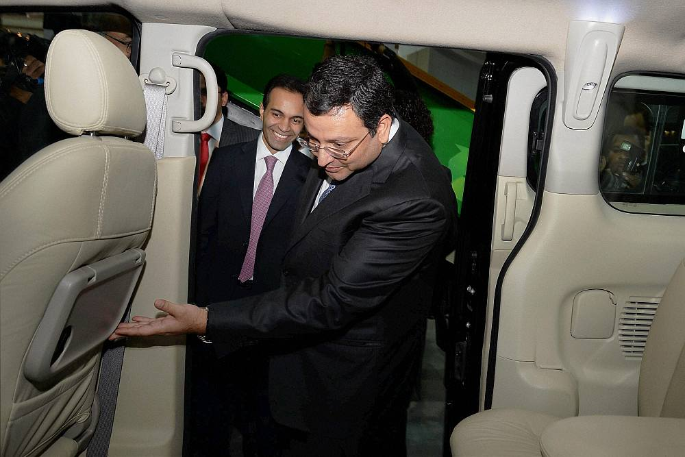 Ashok Leyland, Sun Mobility ink pact to develop e-vehicles