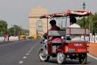 <B>20 kph mantra</b> E-rickshaws and Gadkari's road congestion menu