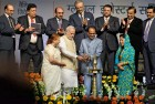 PM Modi with India Inc leaders at the Global Investors Summit 2014