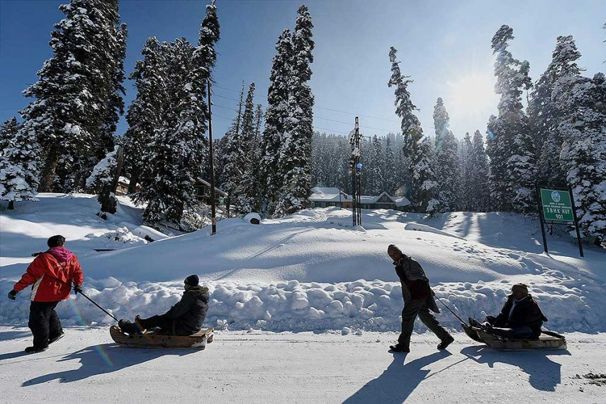 essay on gulmarg Tourism of agra: explore things to do, places to visit, best time to visit, how to reach, history & culture of agra to plan your trip.
