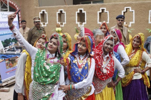 field report surajkund mela and dlf Faridabad is the largest city in the north indian state of haryanait is a leading industrial centre and situated in the national capital region bordering the indian capital new delhi located 284 kilometres south of the state capital chandigarh, it is the most populous city in the state of haryanathe river yamuna forms the eastern district boundary with uttar pradesh.