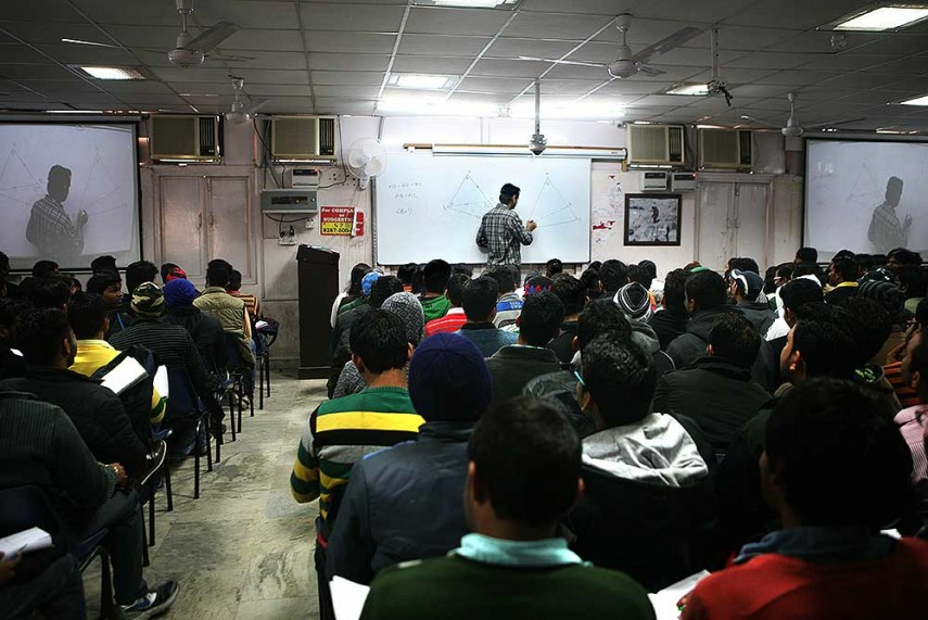 essay jobs india